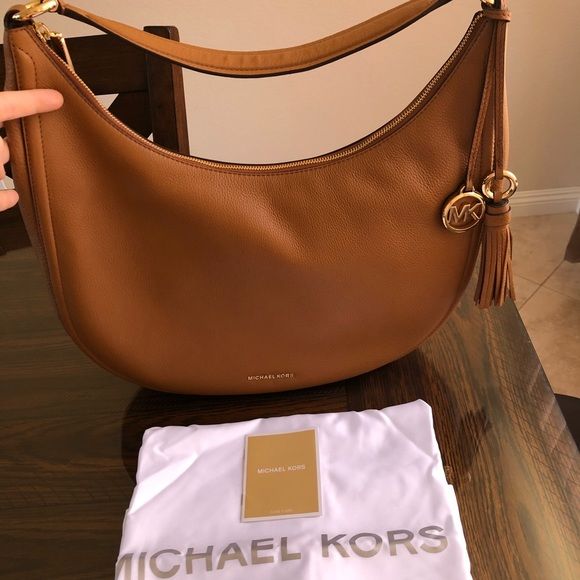 45479c1d68 NWT Michael Kors Lydia Hobo Bag